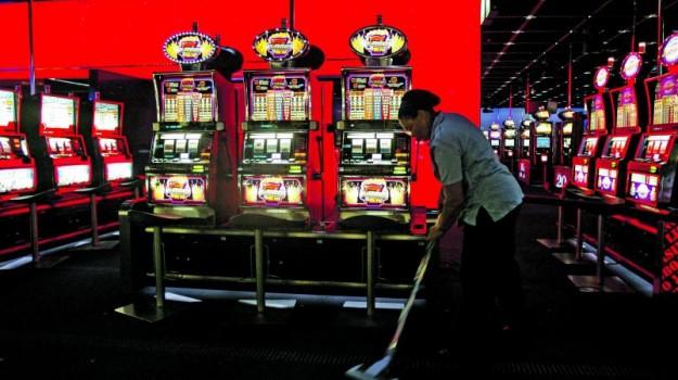 Provedor de Justiça questiona governo sobre medidas para proteger jogadores compulsivos